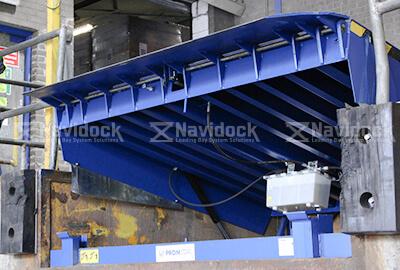 Dock-leveler-2-xilanh-01