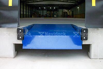 Dock-leveler-2-xilanh-05
