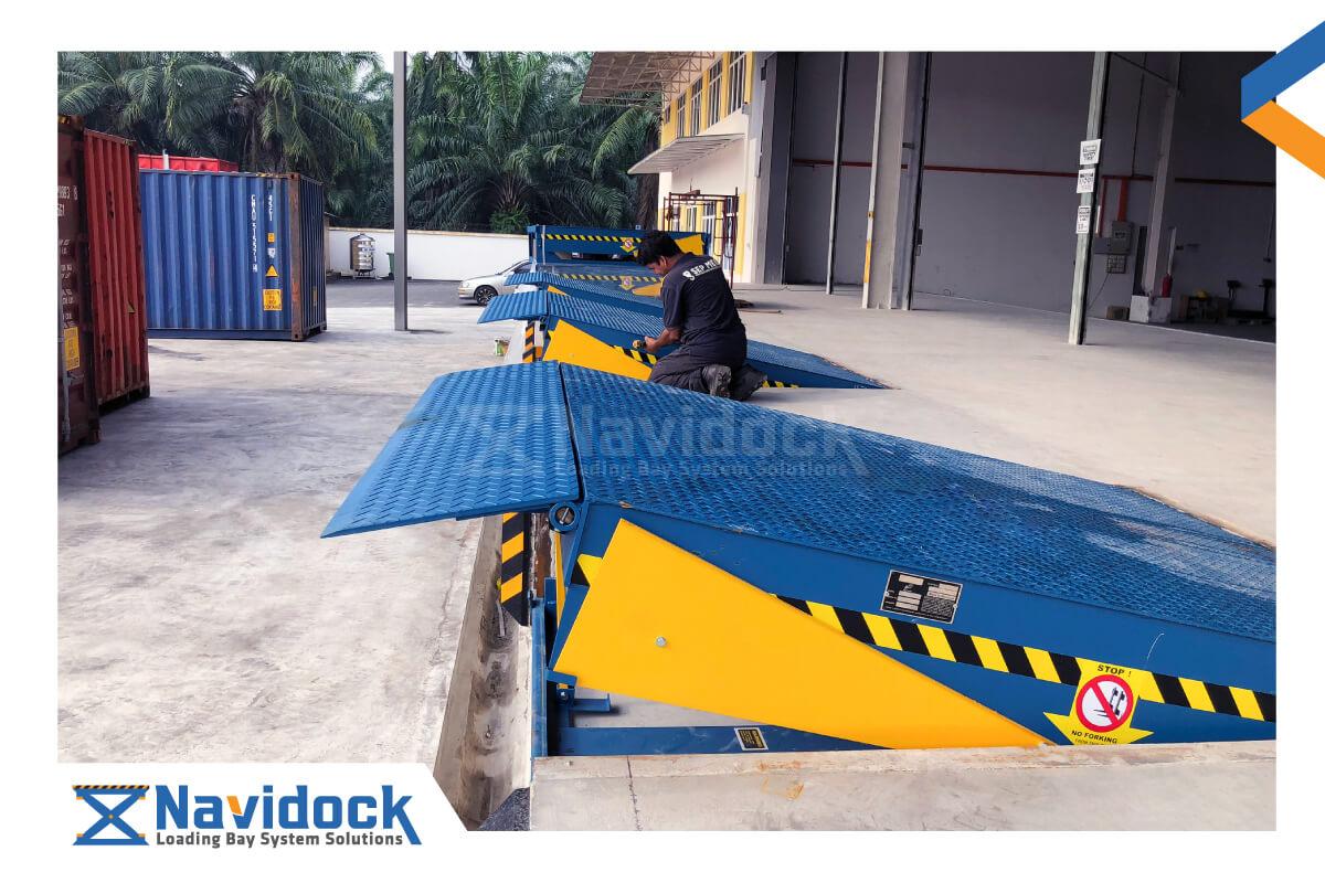 san-nang-dock-leveler-thuy-luc-tai-navidock