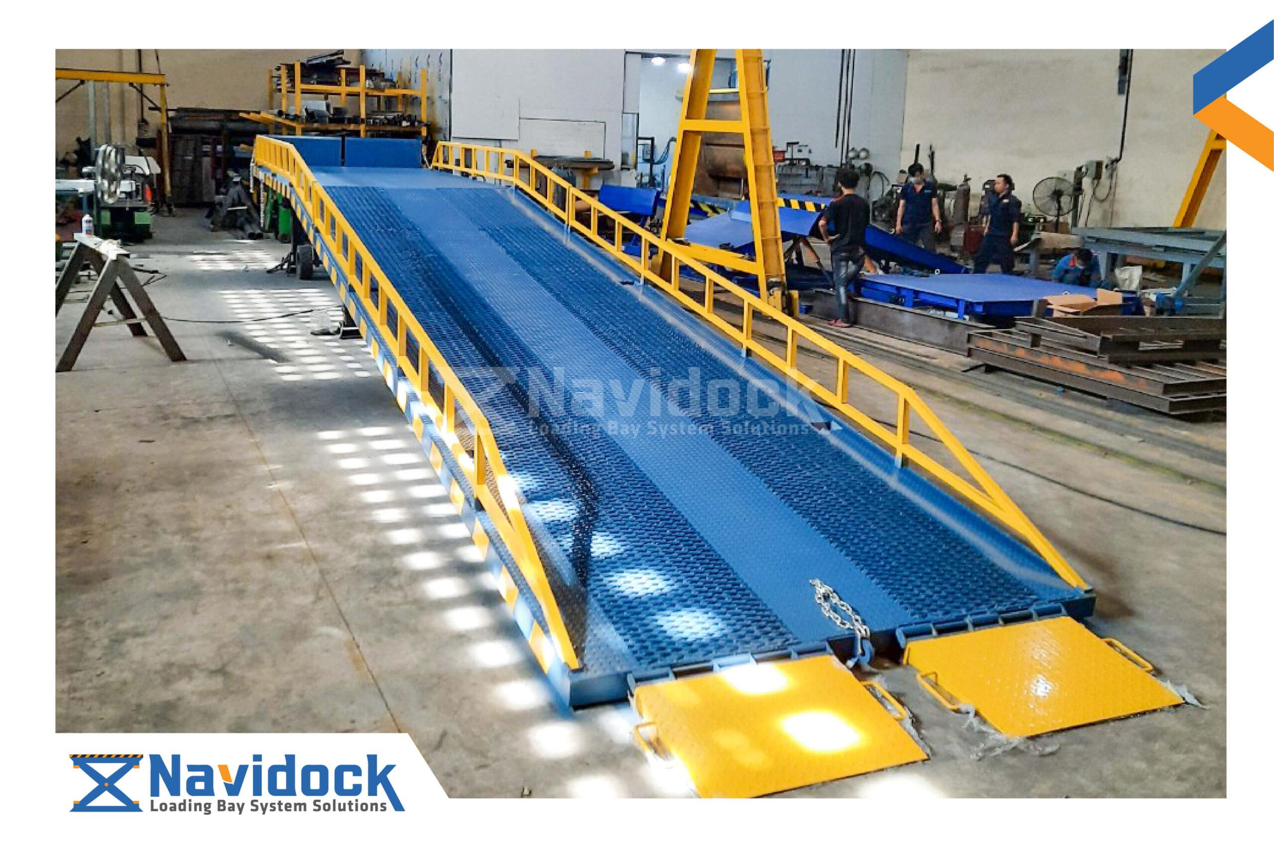 bao-gia-cau-dan-mobile-yard-ramp-navidock